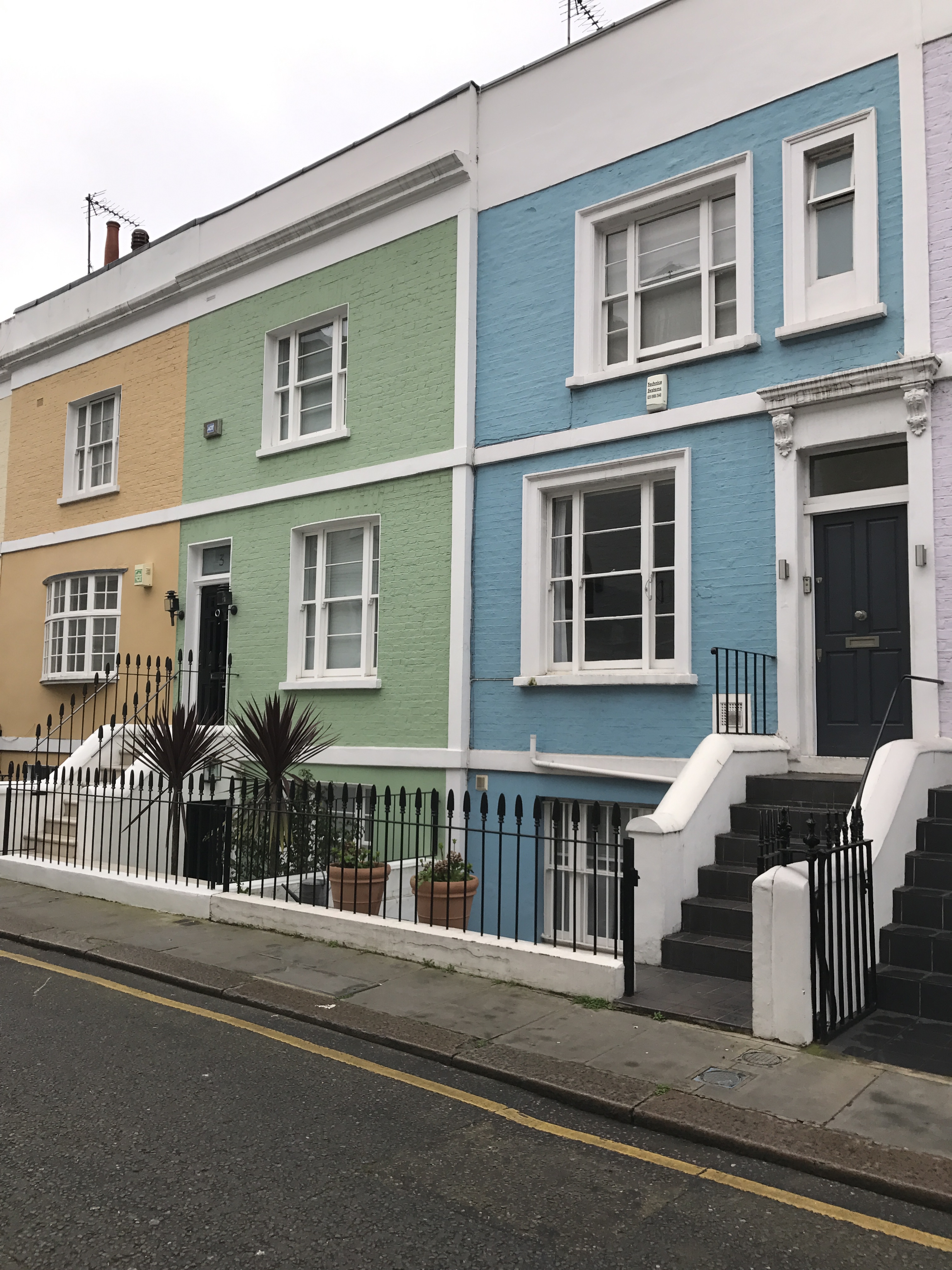 1 Redfield Lane SW5.jpg